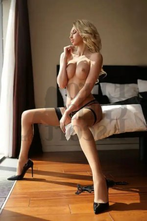 Lissia nuru massage, call girl
