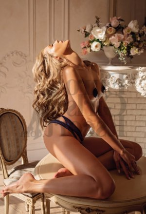 Annie-claude happy ending massage, escort