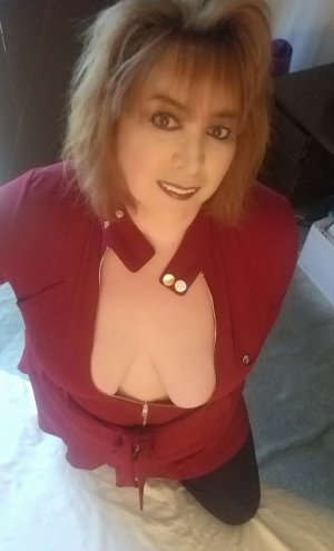 Geraldina call girls in Piedmont California